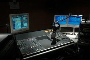 אולפן רדיו (ויקיפדיה)