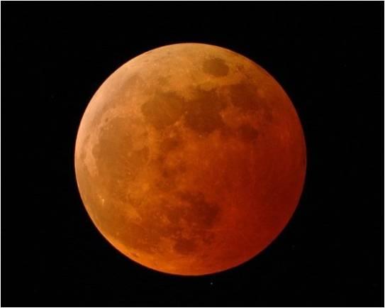 מחר בבוקר: 'סופר-ירח, כחול, דם'