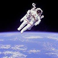 תקלה באוויר: טייסי החלל (האַסְטְרוֹנַאוּטים) חזרו בשלום